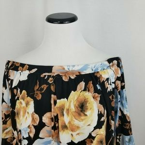 Alison Andrews Tops - Allison Andrews Floral Off Shldr Ruffle Sleeve Top
